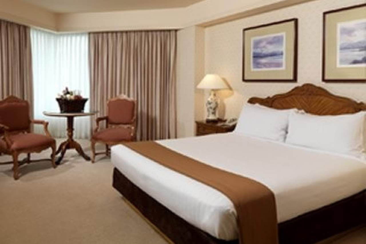 Lake Tahoe 2 Bedroom Suites Caesars Travel Agents Properties Lake Tahoe Reno Harveys